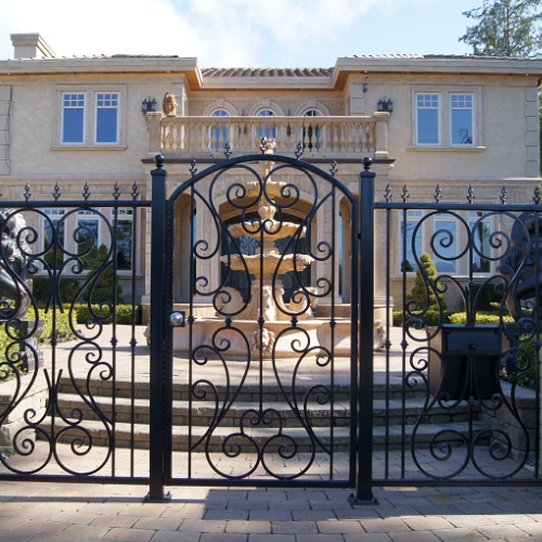Outdoor Gates Projects