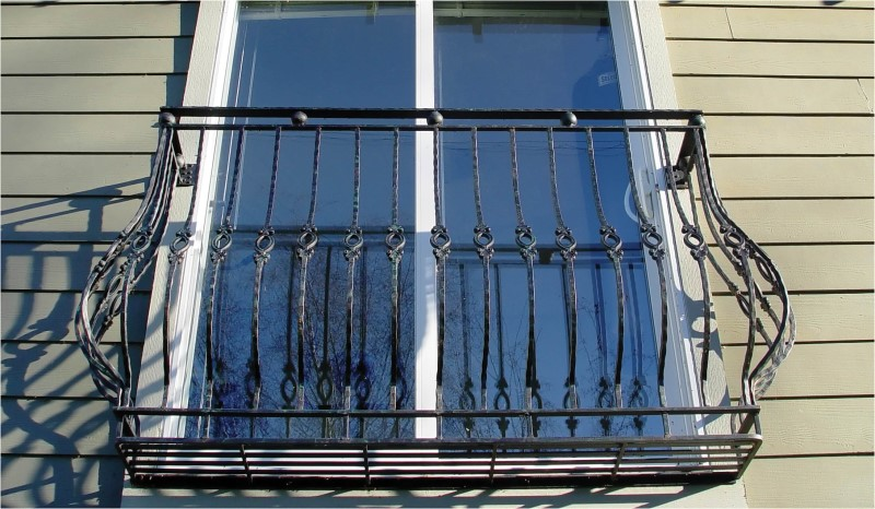 Outdoor Railings 147