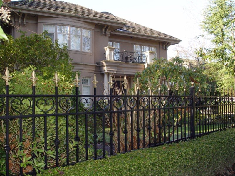 Outdoor Railings 149