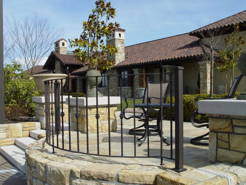 Outdoor Railings 159