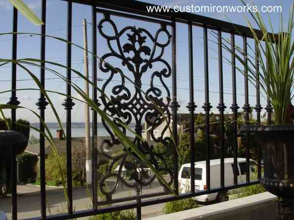 Outdoor Railings 100