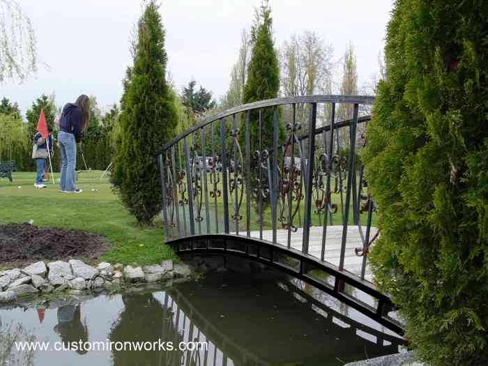 Outdoor Railings 102