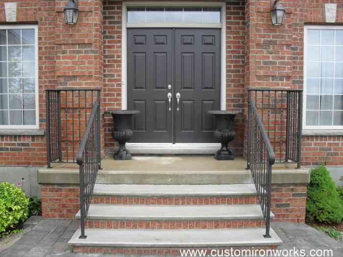 Outdoor Railings 179