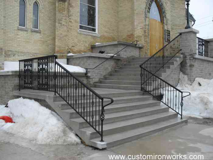 Outdoor Railings 210